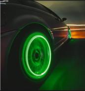 Две светодиодные насадки на колеса