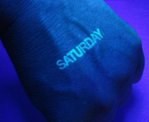 Печати и штампы, видимые только в ультрафиолете (UV)