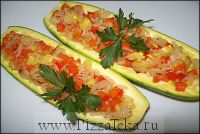Цукини фаршированные рисом и овощами 1 шт.