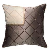 """Декоративная подушка """"Ромбы с отделкой"""" коричневая"""