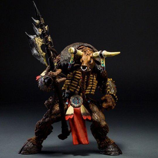 Фигурка героя Tauren 9 см и 24 см