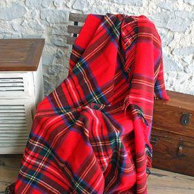 Шотландский плед, 100 % стопроцентная шерсть ягнёнка, расцветка Королевский клан Стюарт, плотность8