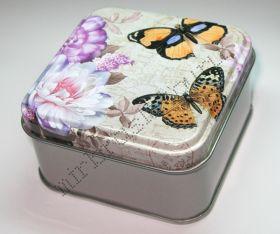 """Подарочная коробка """"Бабочки"""" квадратная"""