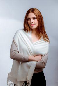 шарф 100% шерсть ягнёнка , белый цвет white   ,плотность 6