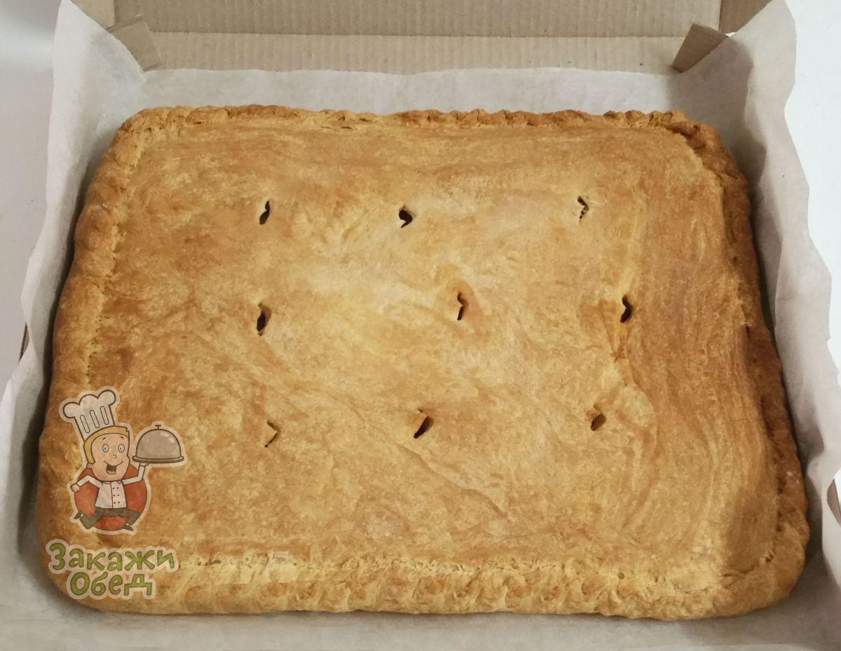 Пирог из слоеного теста с картофелем, курицей (2,4 кг.)