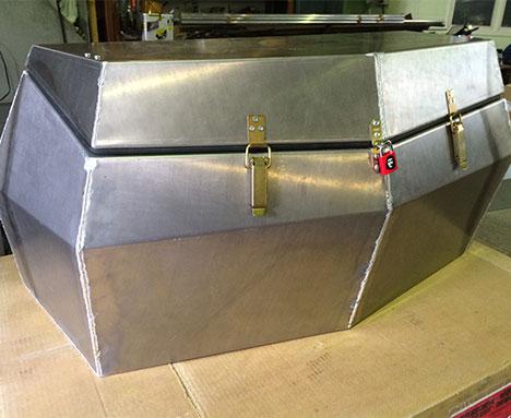 Герметичный жёсткий кофр для CFMOTO Z6 (Окрашенный снаружи и внутри)