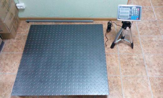 Весы складские платформенные электронные Sprint TCS-2T ( 2000кг. 1200х1200мм)