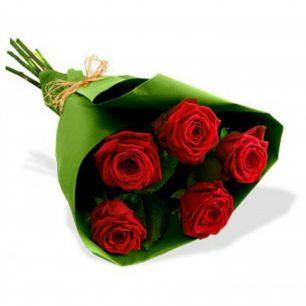 Букет из 5 роз № 4449
