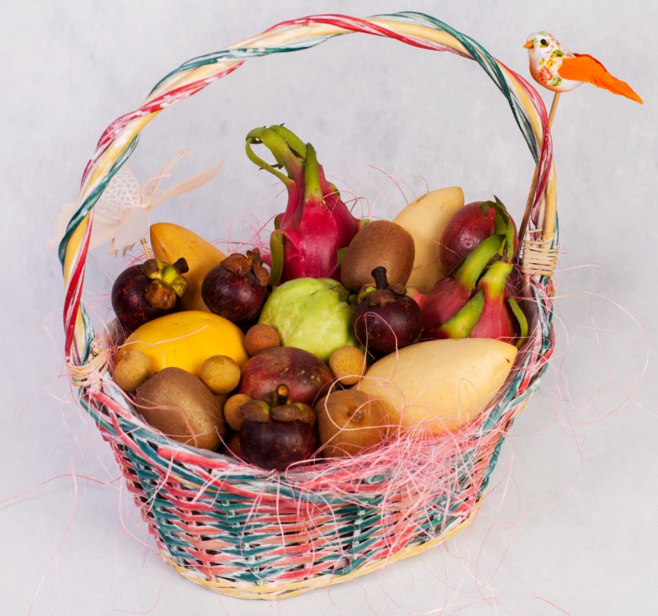 Корзина с фруктами Тропическое утро