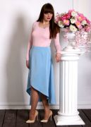 Романтичный голубой цвет хорошо сочетается со всеми актуальными в этом сезоне пастельными тонами.