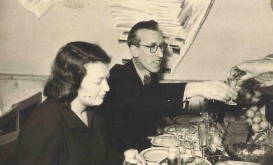 Со второй женой Ларисой Павловной (1949 г.)