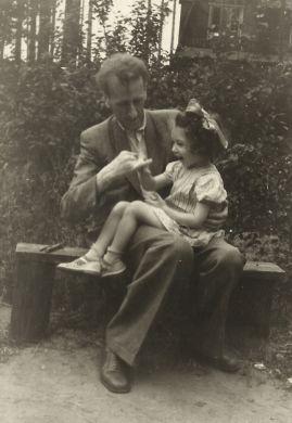 С дочкой Машей (1853 г.)