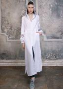 Белое платье с ювелирным орнаментом