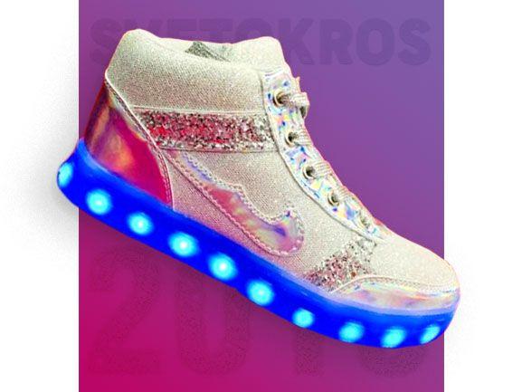 Светящиеся кроссовки 18