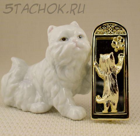 """Брошь """"Кошечка с бабочкой у зеркала"""" цвет золота (AJC США)"""