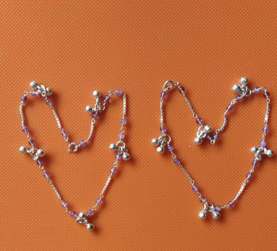 Серебряные браслеты-колокольчики с натуральными камнем- аметист