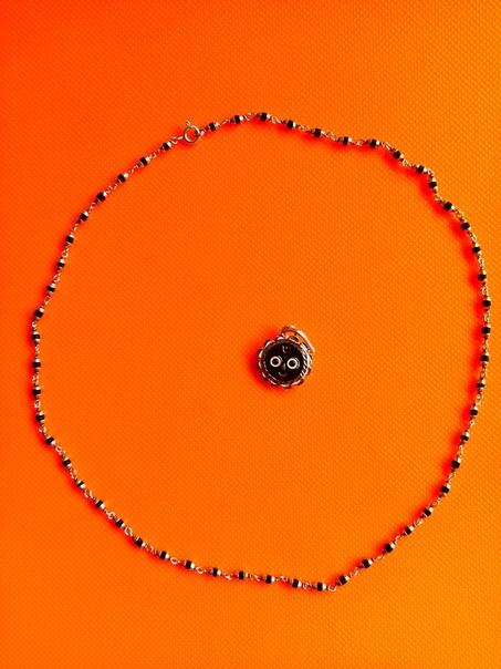 Кантхимала Туласи черная в серебре, 50 см, 3 г, диаметр - 2 мм, производитель Ганготри(Вриндаван,Индия)