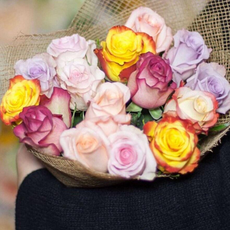 15 эквадорских роз (микс)