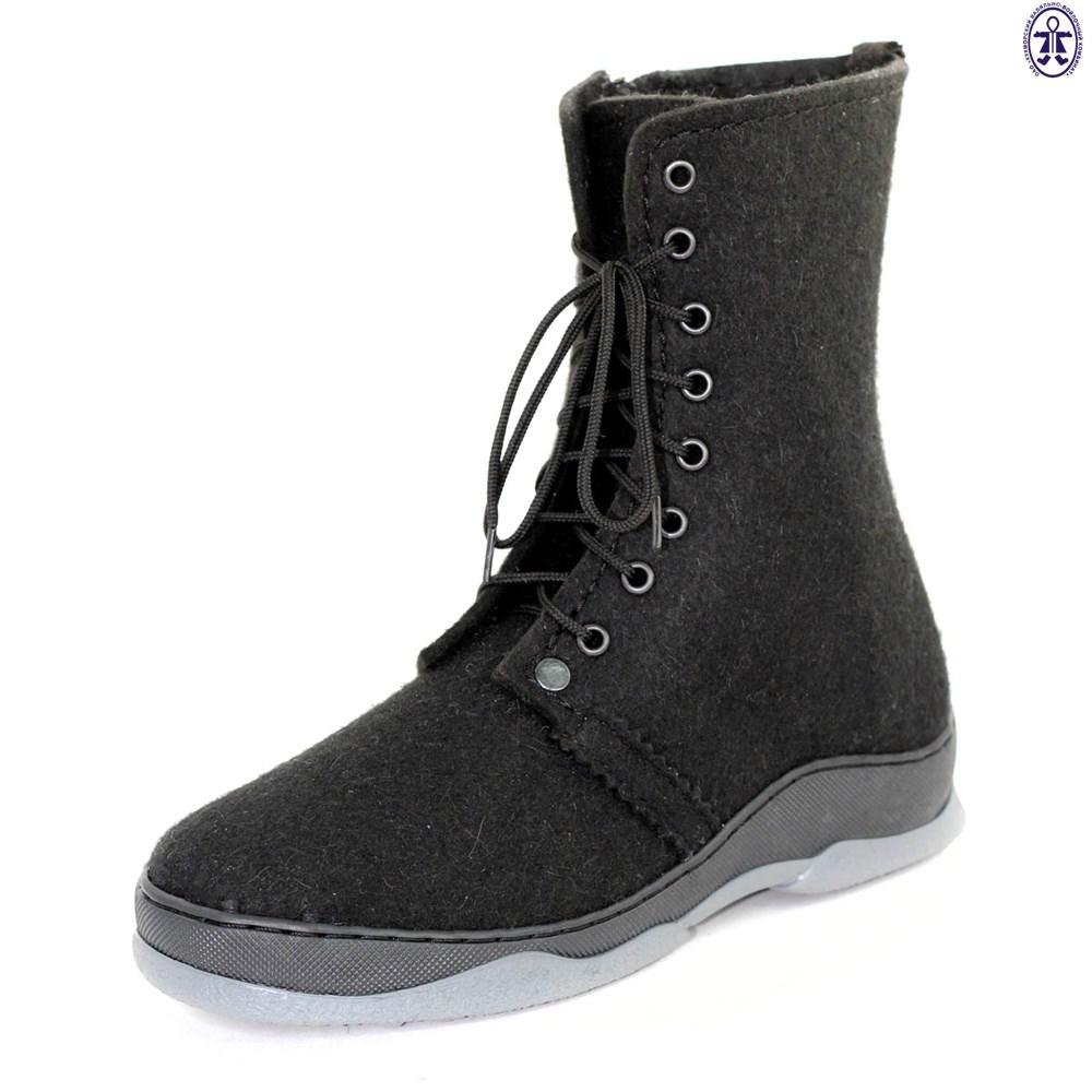 Ботинки войлочные со шнуровкой