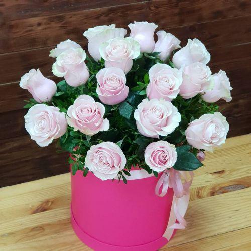 """Коробка цветов """"С любовью"""""""
