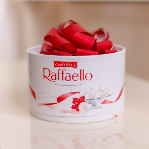 Конфеты Raffaello 200гр.
