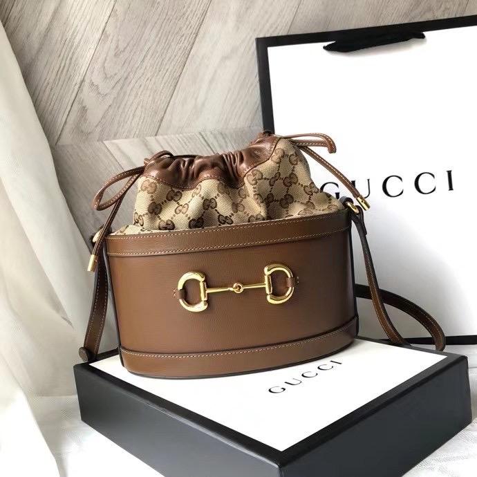 Gucci 22x25x12 cm