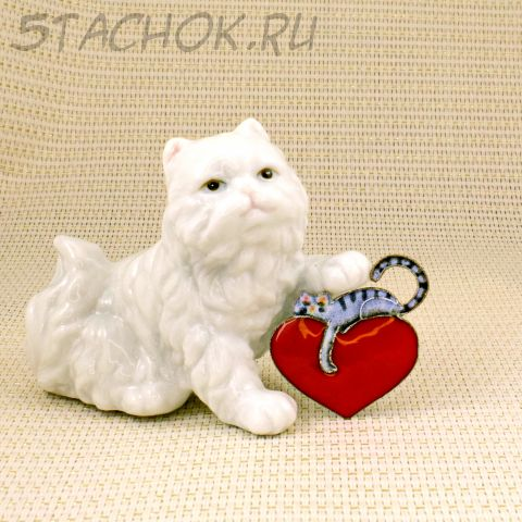 "Брошь ""Котик спит на сердце"" (Zarah США)"