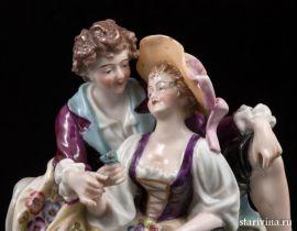 Влюбленная пара с кувшином, E & A Muller, Германия, 1890-27 гг