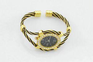 черные с золотом женские наручные часы