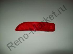 Катафот заднего бампера левый Renault оригинал 8200751779