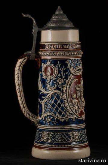 Большая старинная немецкая пивная кружка с крышкой, 2л производства Reinhold Hanke, Германия, ок. 1890 г.