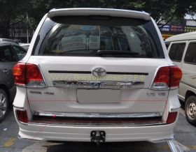 Хромированная накладка на 5ю дверь для Toyota Land Cruiser 200