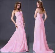 Розовое вечернее платье со шлейфом