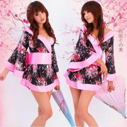 """Короткое женское кимоно """"Sakura"""""""