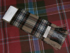 Шарф шотландский 100% шерсть ягнёнка , расцветка  клан Стюартов (вариант кэмэл). STEWART CAMEL TARTAN LAMBSWOOL SCARF.