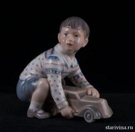 Мальчик с машинкой, Dahl Jensen, Дания