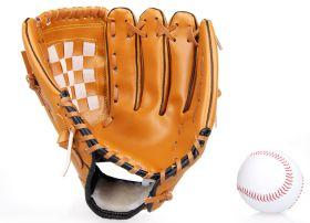 Набор для бейсбола. Бейсбольная перчатка и бейсбольный мяч