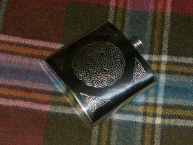 Фляжка из британского пьютера Кельтская Петля Времени