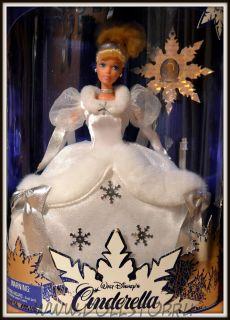 Коллекционная кукла Барби Золушка как Праздничная  Принцесса -  Cinderella Barbie Doll Holiday Princess, First in a Series, Walt Disney's