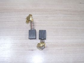 Щетка уг.HITACHI 8х14х17,5 Пруж, пятак-уши, отстрел 1 (в коробке)   №694