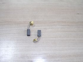 Щетка уг.HITACHI 6,4х7,4х12 Пружина-пятак, отстрел 1   №691