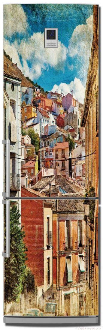 стикер на холодильник - Город у моря