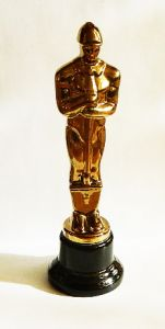 Оскар с лопатой (32см)