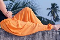 Купить широкие индийские шаровары с доставкой из Индии в интернет-магазине ind-bazaar.ru