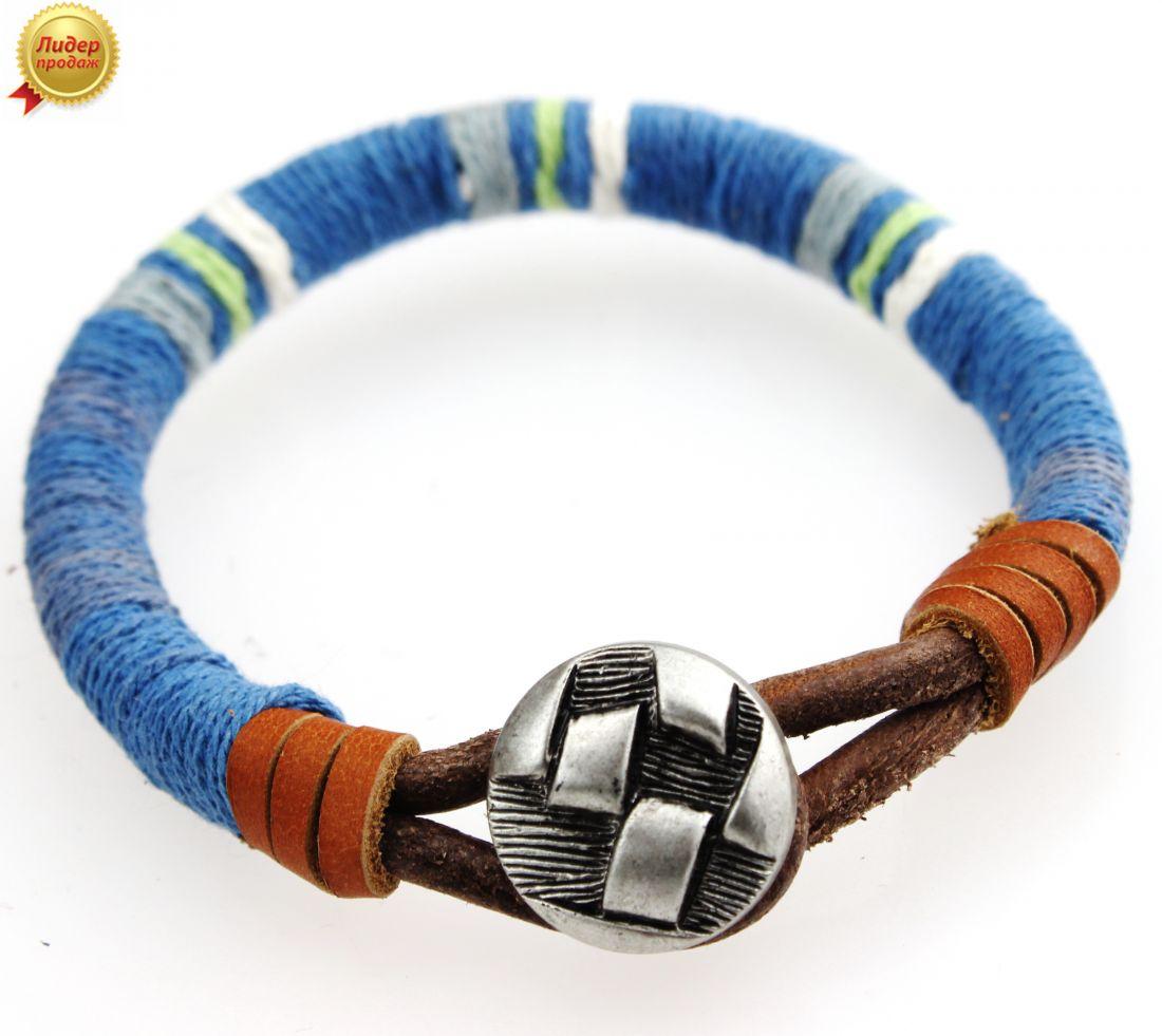 Кожаный браслет с голубым декором