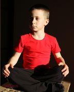красная спортивная футболка детская