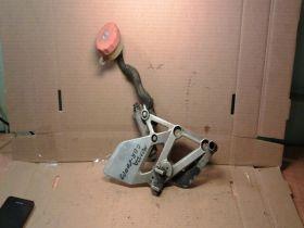 кронштейн подножки правый с тормозным цилиндром  Honda  CBR600