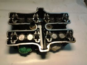 головка блока задних цилиндров в сборе,клапана,толкатели,одна свечка  Yamaha  VMX1200 Vmax