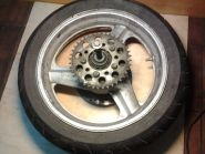 заднее колесо в сборе (колесный диск, звезда, демпферы, шина, ось)  Honda  CB400