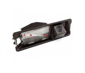 Камера заднего вида Nissan Micra